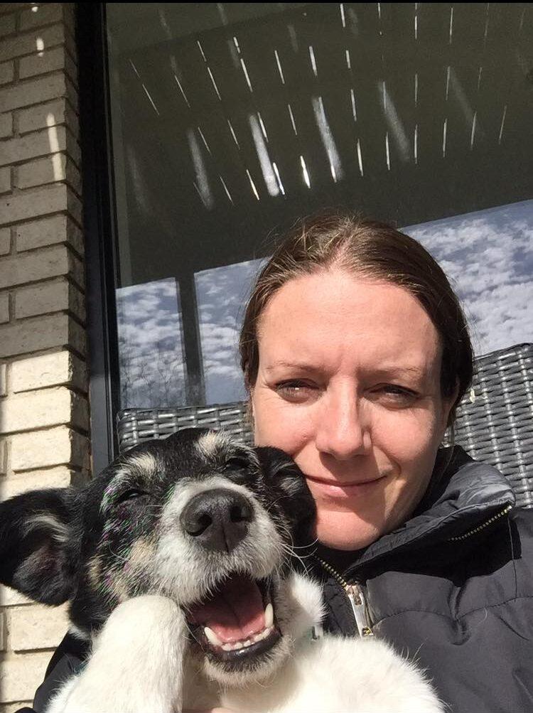 Lena fra Bosniske Hunde